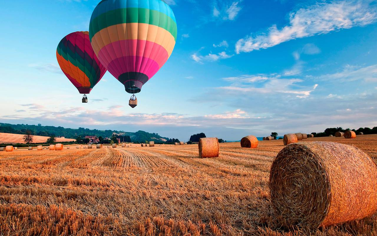 Colorful balloon hotel spa provence