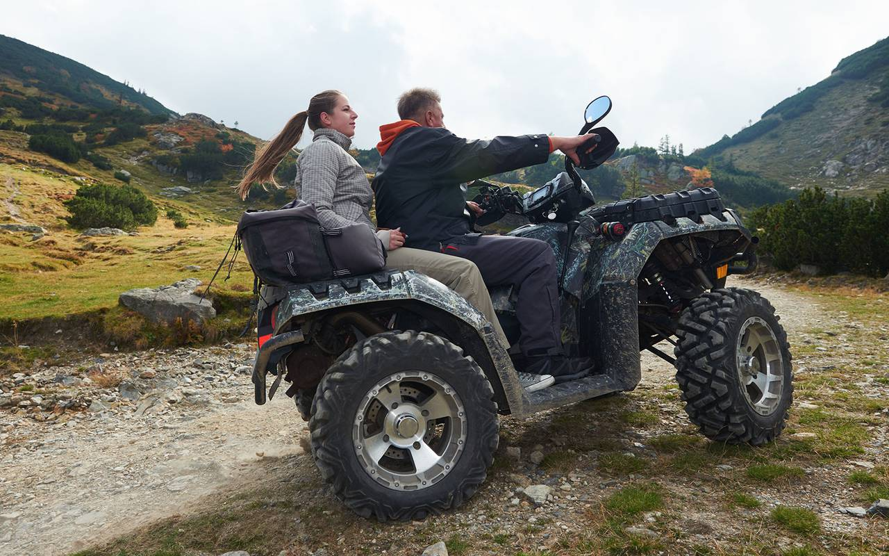 mechanical activities and quad, luxury stay in provence saint remy de provence, Le Vallon de Valrugues & Spa.