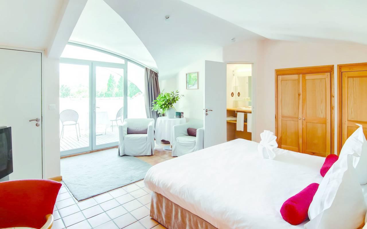Refine and luminous, hotel provence luxe, Hôtel de L'Image.