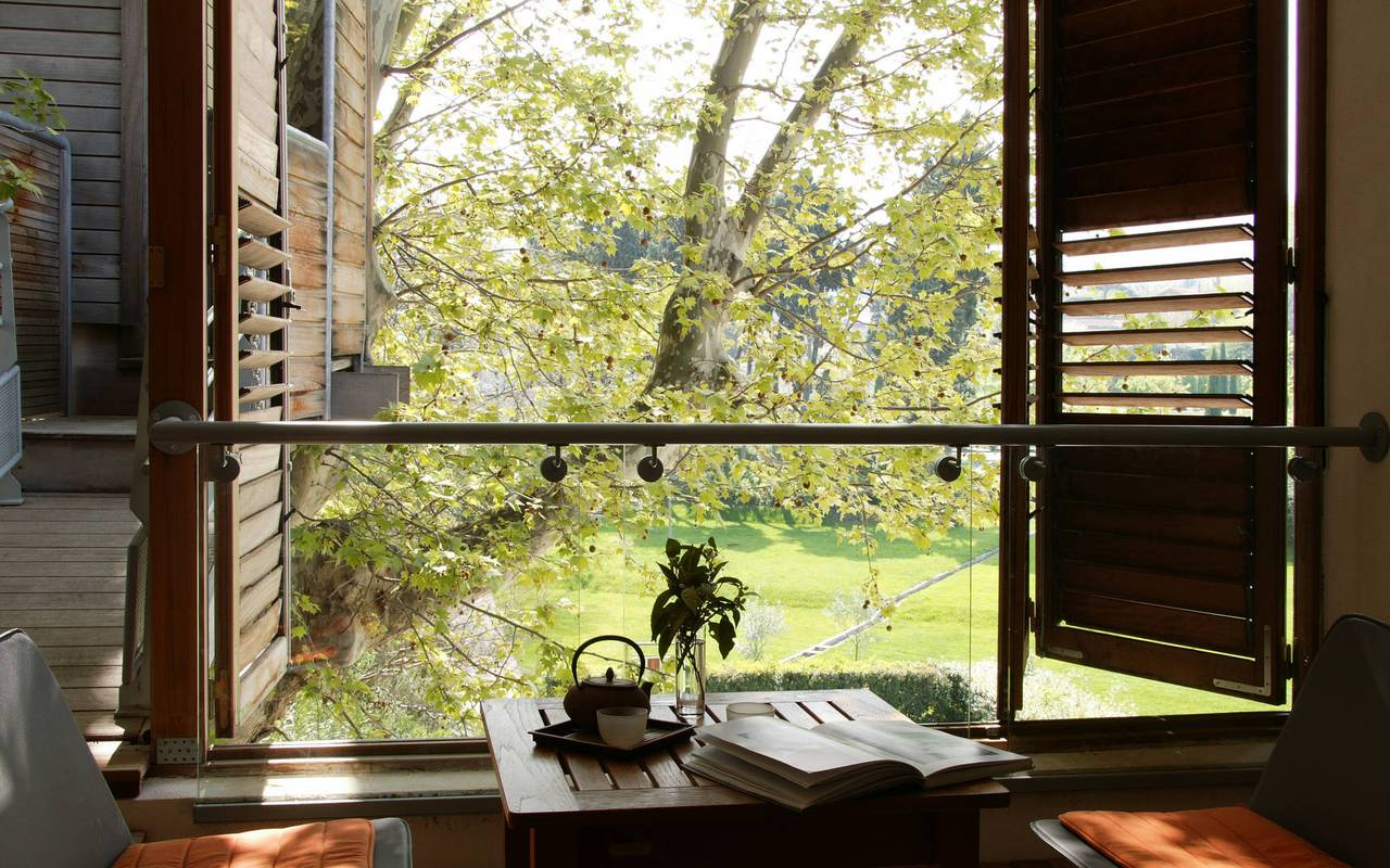 Treehouse in nature, st remy de provence hotels, Hôtel de L'Image.