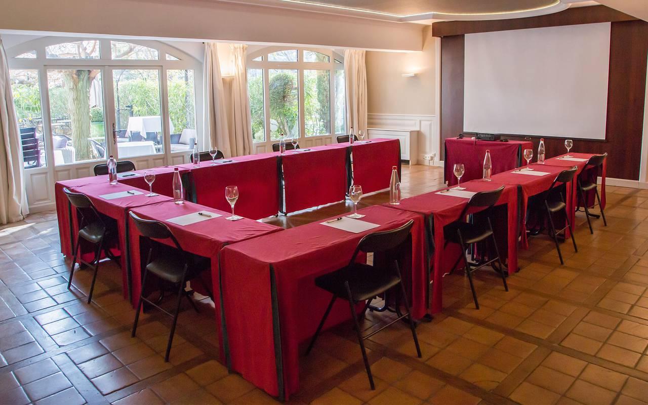 Salle de séminaire spacieuse, séminaire provence, Le Vallon de Valrugues & Spa.