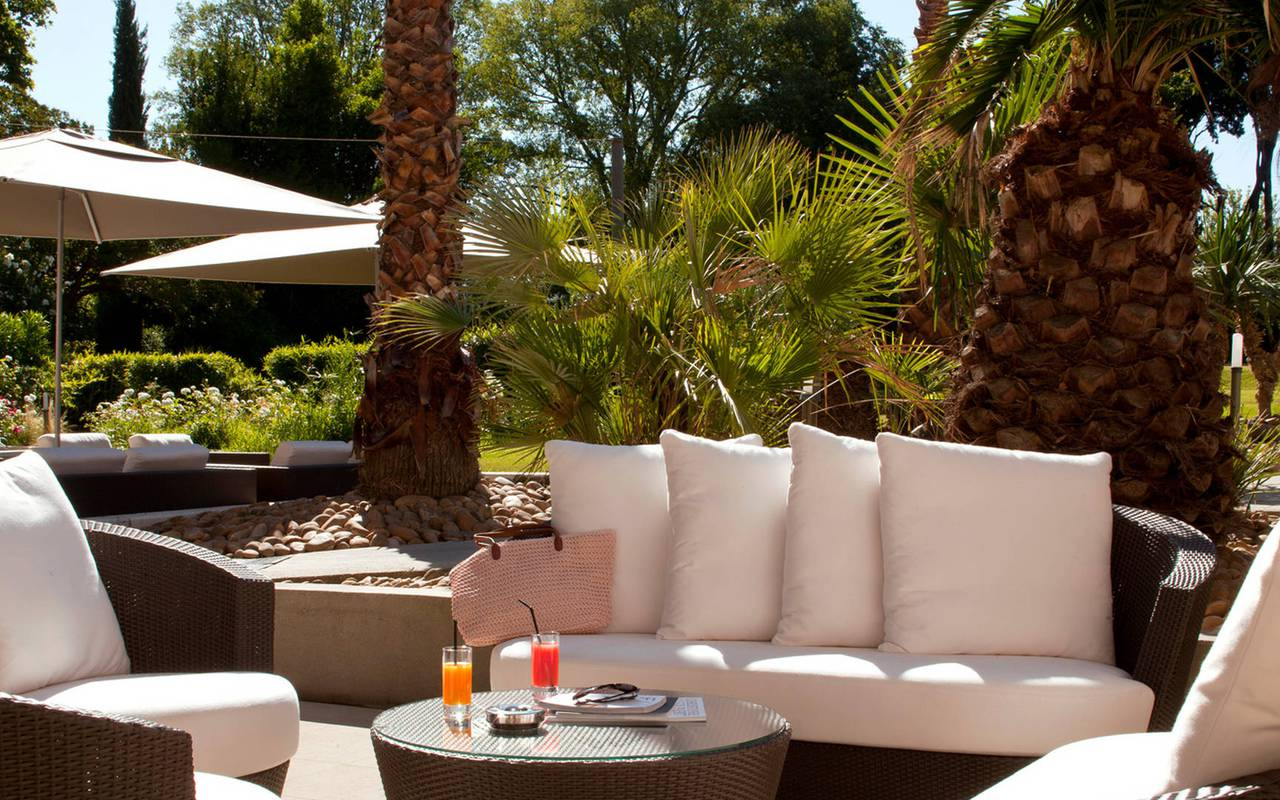 Terrasse hôtel spa Provence