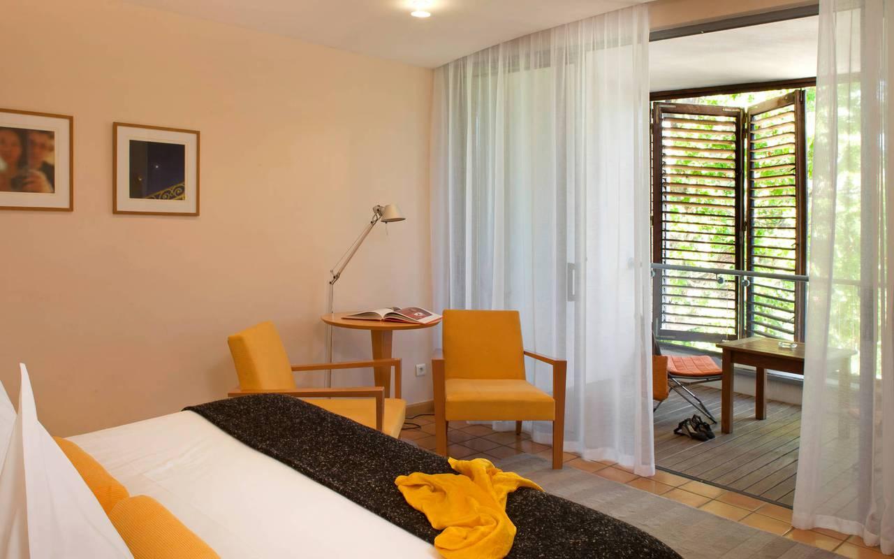 Chambre avec terrasse hôtel en Provence