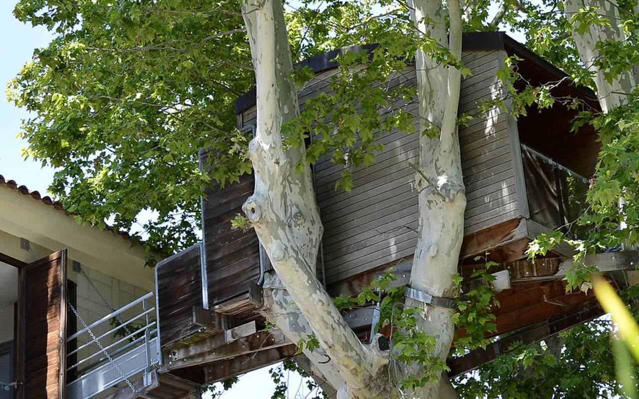 Cabane dans les arbres, hôtel avec piscine provence, Hôtel de L'Image.