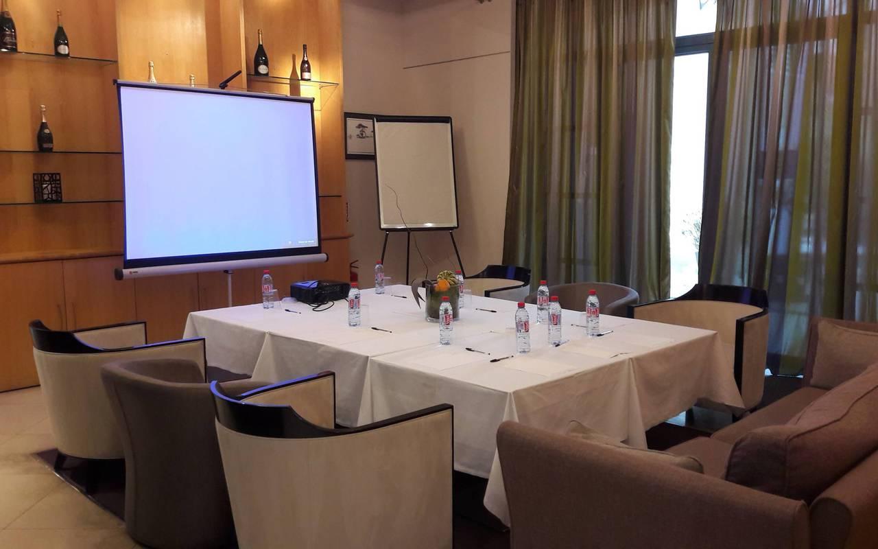 Journée professionnelle séminaire dans un hôtel moderne Saint-Rémy-de-Provence