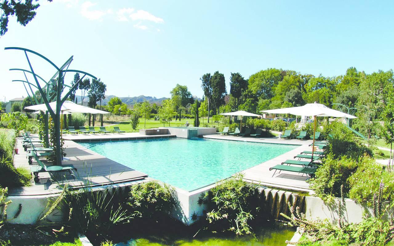 Piscine en pleine nature, hôtel de luxe en provence, Hôtel de L'Image.